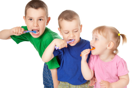 children to brush his teeth